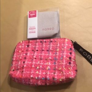 NWT FOREO travel pouch and bag. CLEAN.